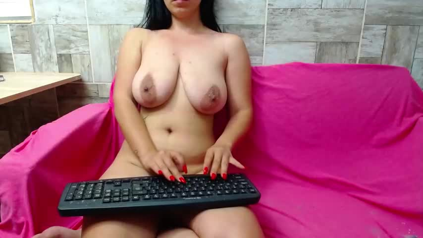 Live sex webcam photo for SQIRT_GIRL #242479706